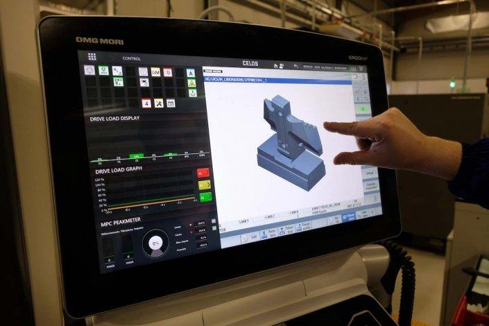 Meccanica-di-precisione-Parco-macchine-tecnologico-Pieffetre-mirandola-modena